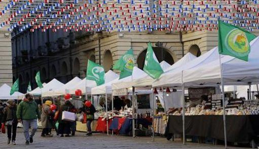 Mercato Contadino a Torino Piazza Palazzo di Città